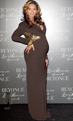 Beyonce opens up about her pregnancy!
