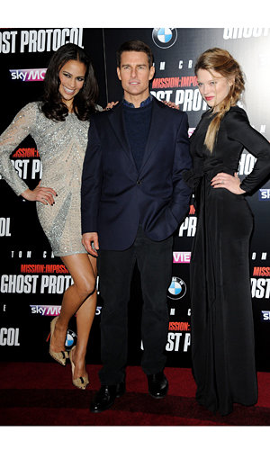 Tom Cruise hits London for Mission Impossible premiere!