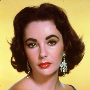 Elizabeth Taylor's jewellery to be auctioned online!
