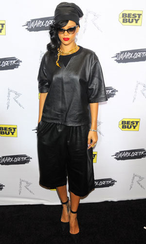 Rihanna wears top-to-toe leather at Apologetic album launch