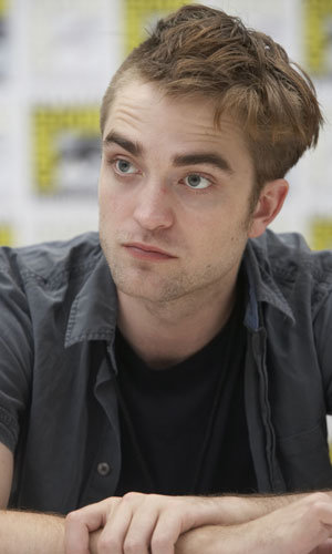 Robert Pattinson loses out on Jeff Buckley role...