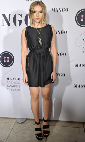 SEE PICS: Scarlett Johansson shows off new hairdo at the Mango Fashion Awards!