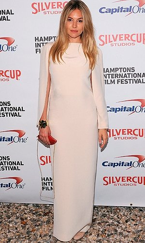 Sienna Miller returns to the red carpet in style