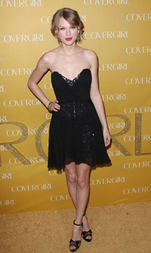 Taylor Swift and Cat Deeley wow in black at CoverGirl 50th Anniversary party