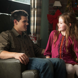 NEW PICS: Twilight Breaking Dawn Part 2 - Renesmee and Jacob!