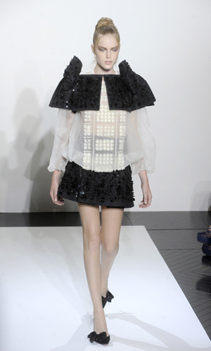 SEE PICS: Valentino unveils A/W 2010/11 haute couture collection