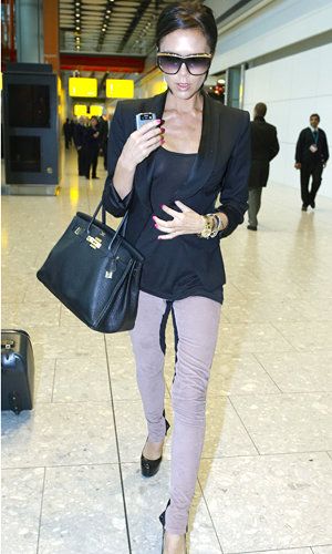 Victoria Beckham steps out in gorgeous leggings from her new collection
