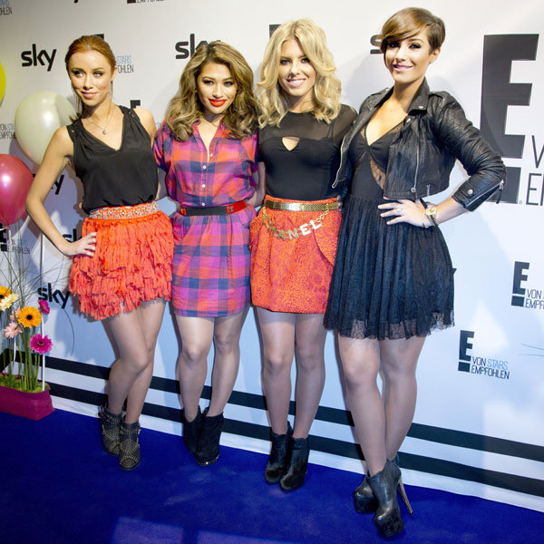 Frankie Sandford shows off diamond engagement ring with The Saturdays