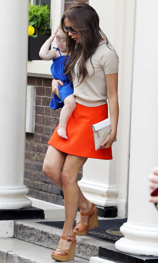 Victoria and Harper Beckham - London style off! Who wins?