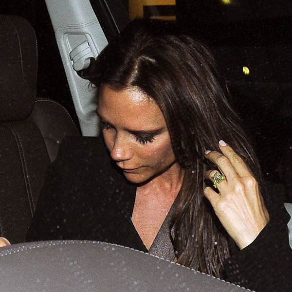 Victoria Beckham returns to hair extensions