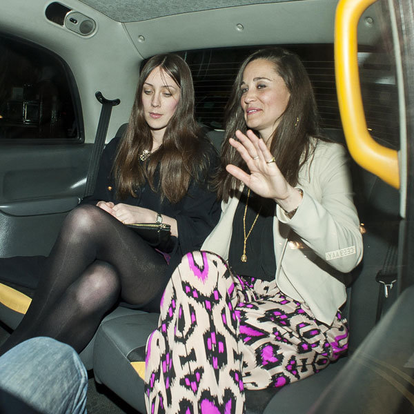Pippa Middleton's ablaze in bright prints for London dinner date