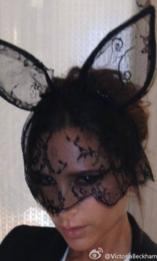Victoria Beckham turns bunny girl!