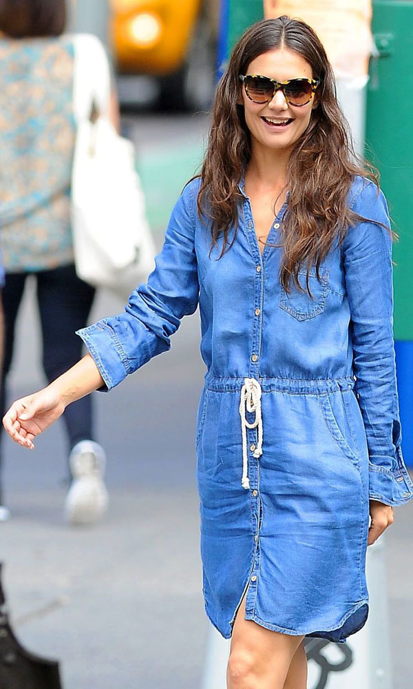 Katie Holmes works off-duty chic on set of new film