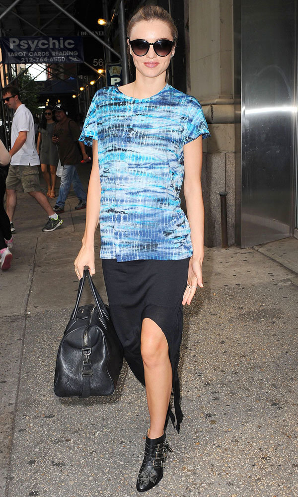 Miranda Kerr gives a lesson in off-duty summer dressing