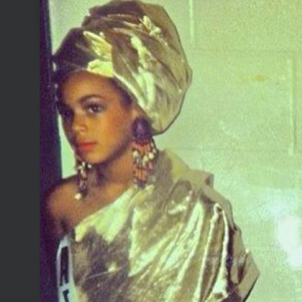 Beyonce reveals retro photo from her family album