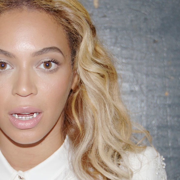Beyonce showcases favourite new fashion accessory