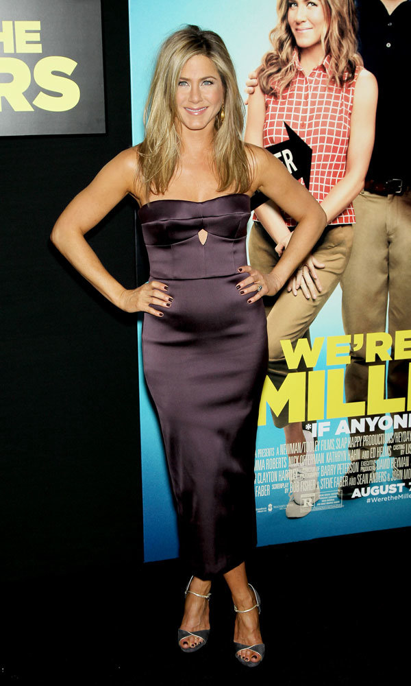 Jennifer Aniston shows off stunning red carpet style at We're the Millers premiere