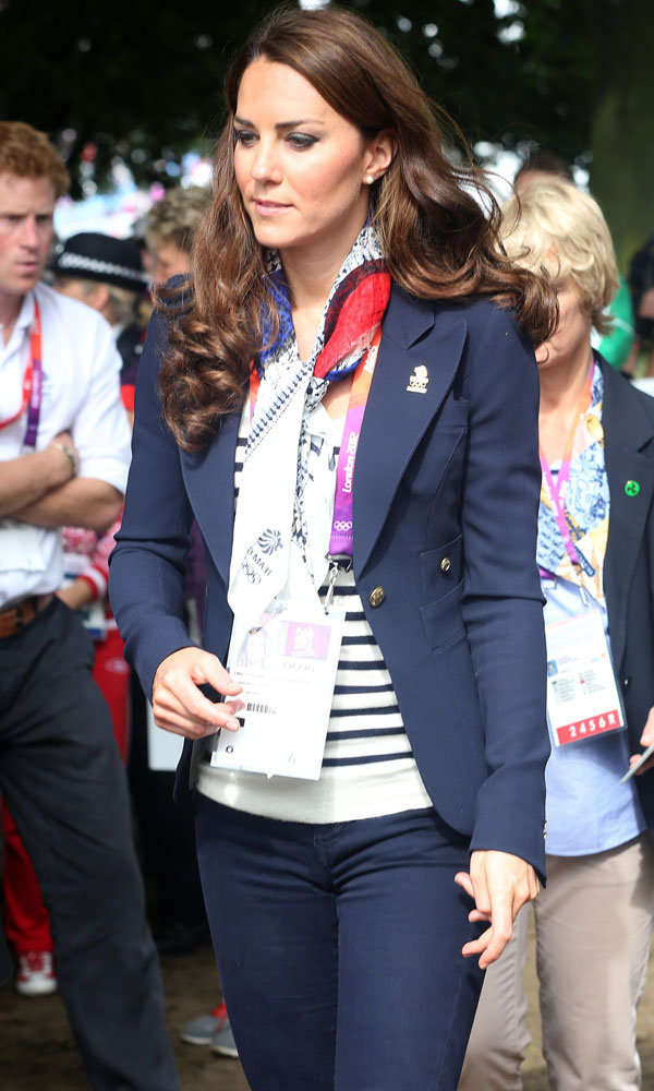 Kate Middleton steps out in public after the birth of Prince George