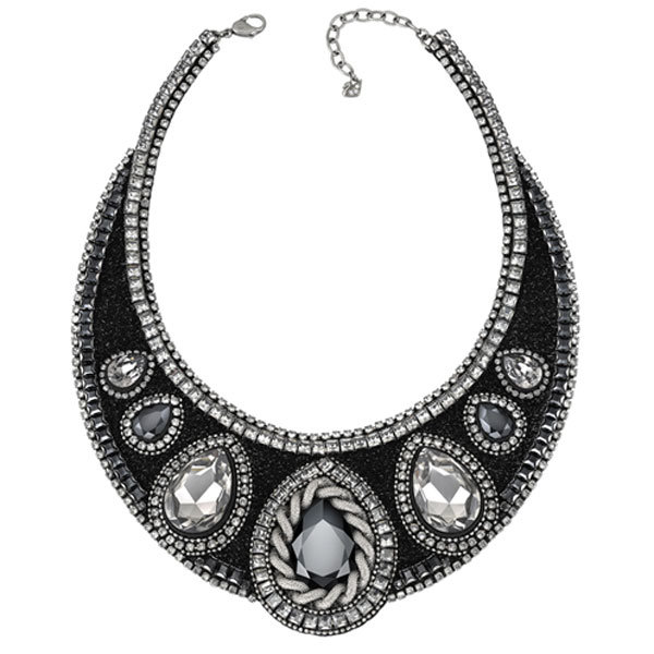 WIN a Swarovski necklace worth over £400 with #InStyleVIP