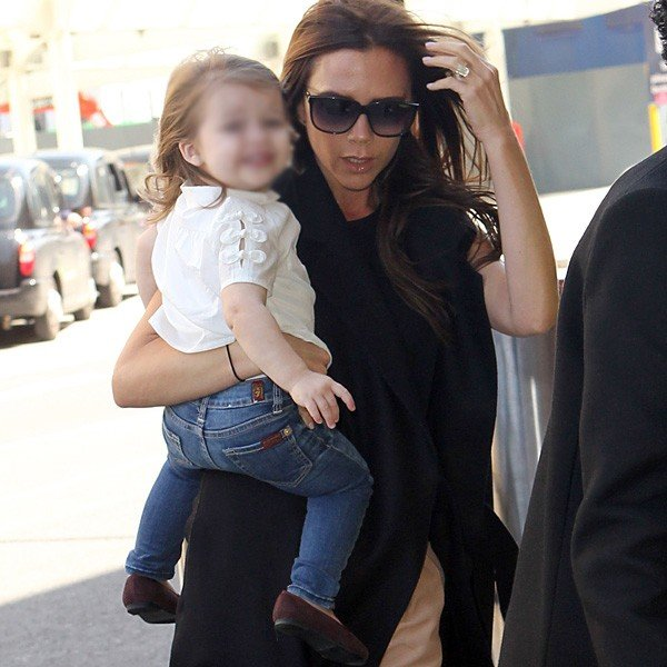 Victoria Beckham posts a photo of Harper's new doggy bag on Instagram