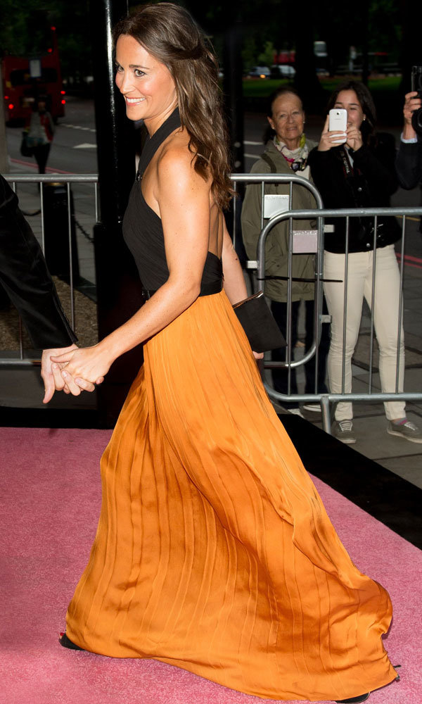 Pippa Middleton Goes For Gold In Backless Catherine Deane Gown