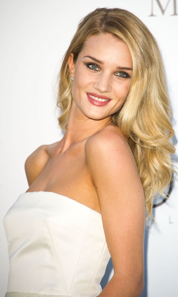 Rosie Huntington-Whiteley Wants To Be In Rihanna's Gang