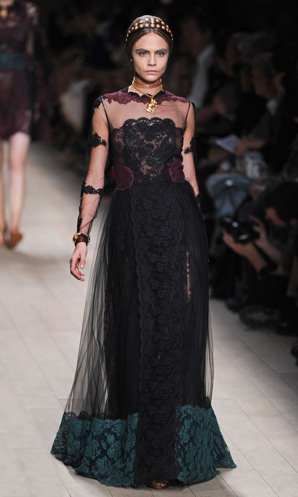 Cara Delevingne Stuns As Gothic Beauty At Valentino SS14