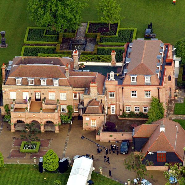 David And Victoria Beckham sell 'Beckingam Palace' For Move To £45 Million Mansion