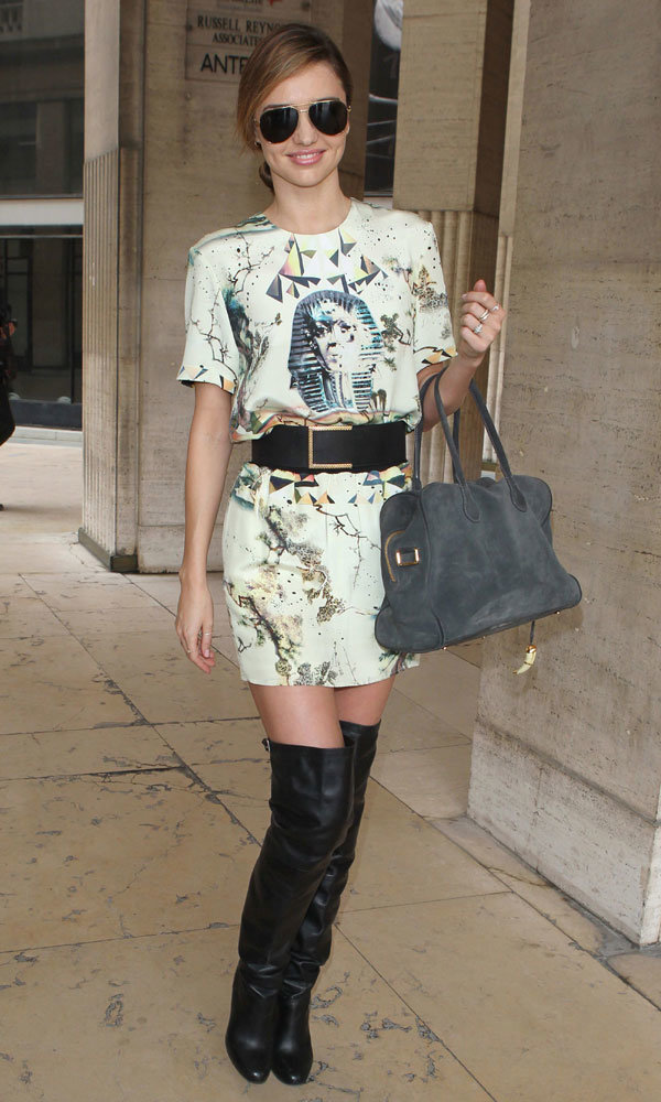 Miranda Kerr Is Fashionably Late For Louis Vuitton SS14