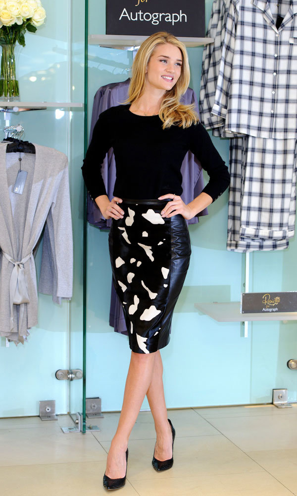 Rosie Huntington-Whiteley Flaunts New Autograph Collection For M&S