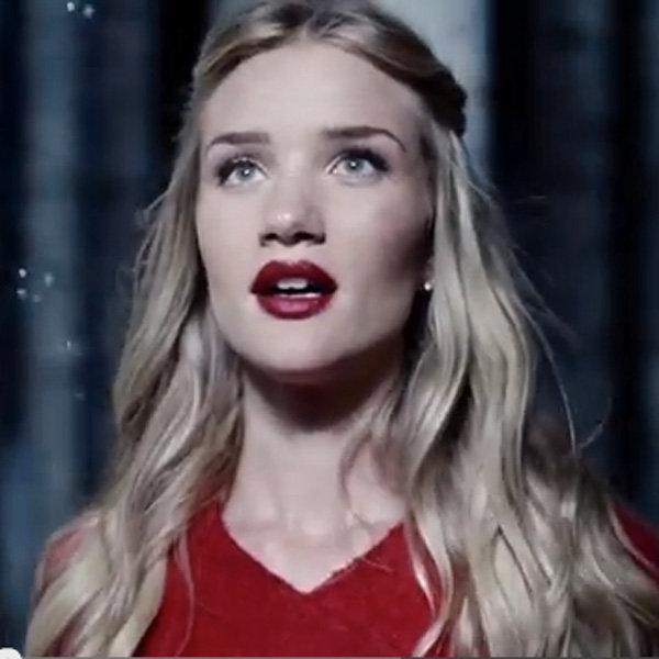 Rosie Huntington Whiteley Is A Fairytale Princess In M&S Christmas Ad