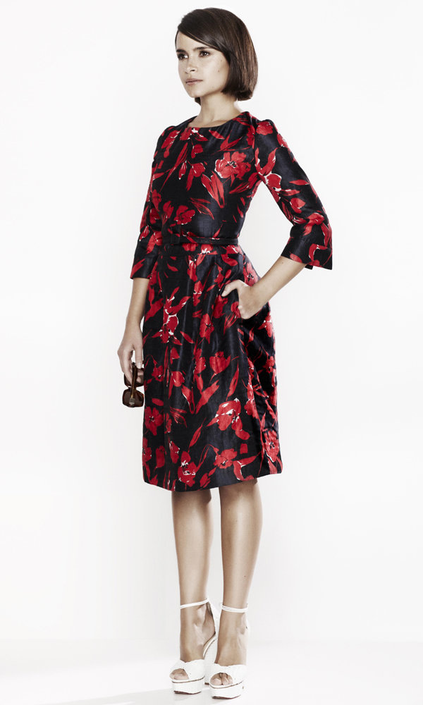 The Outnet's Chic New Oscar De La Renta Offering Will Make Your Christmas