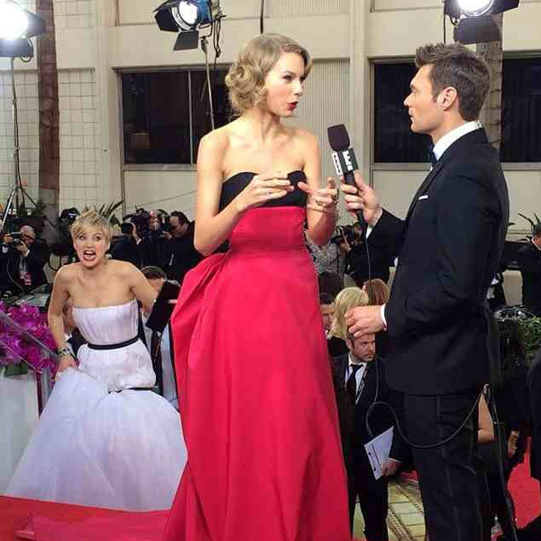 Jennifer Lawrence And The Epic Photo Bomb That Made The Golden Globes 2014