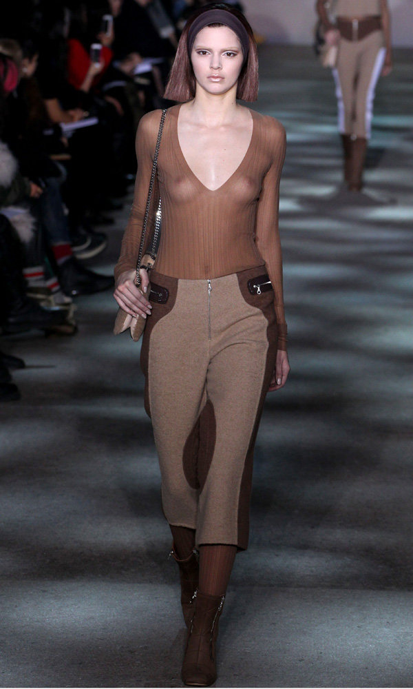 Kendall Jenner Is The Star Of The Marc Jacobs Catwalk
