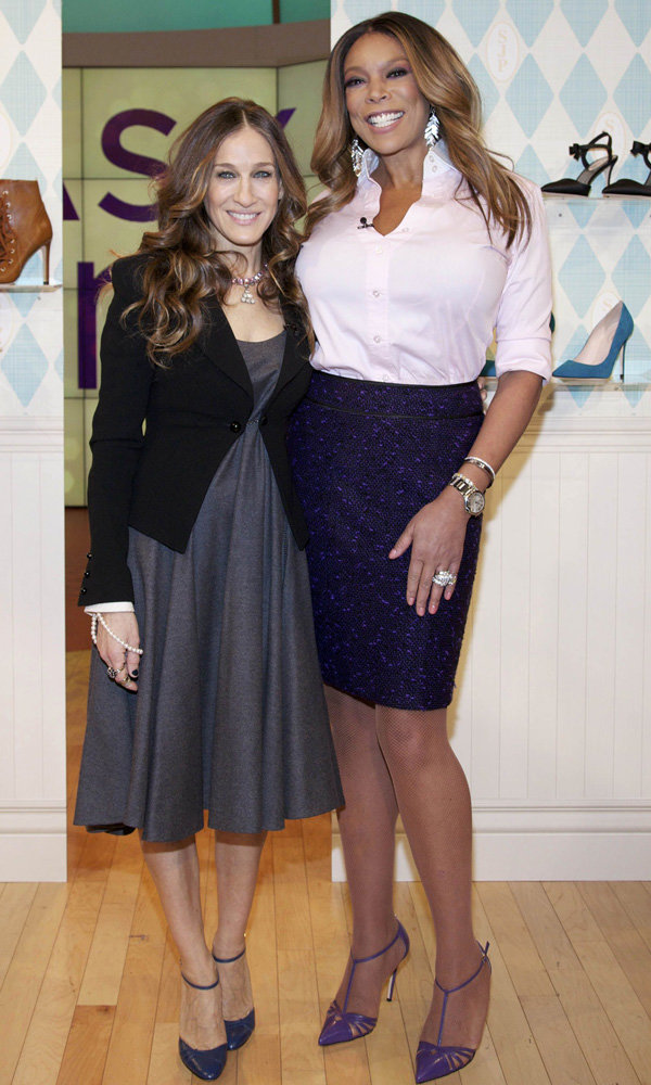 Sarah Jessica Parker Walks In Carrie's Shoes Once Again