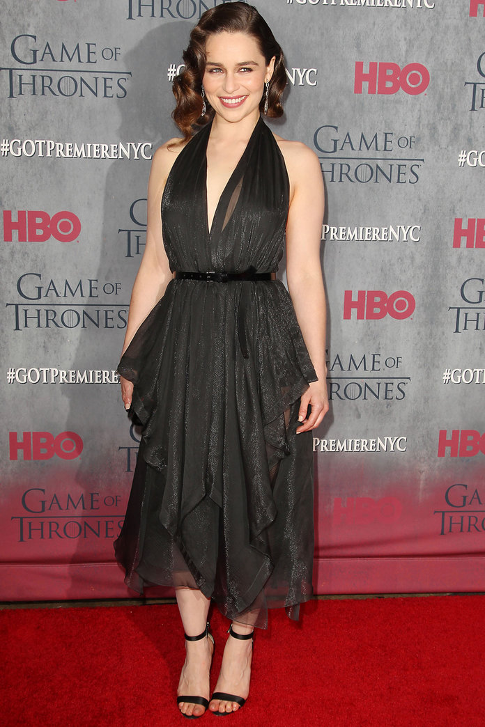 Emilia Clarke Does Retro Hollywood Glamour For Game Of Thrones Premiere