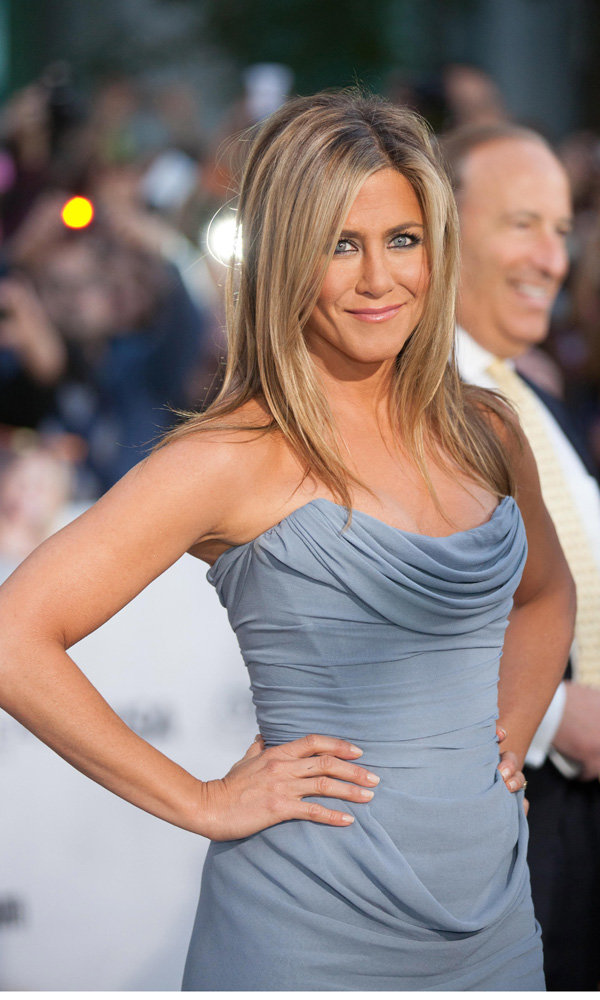 Why You Won't Catch Jennifer Aniston Taking A Selfie