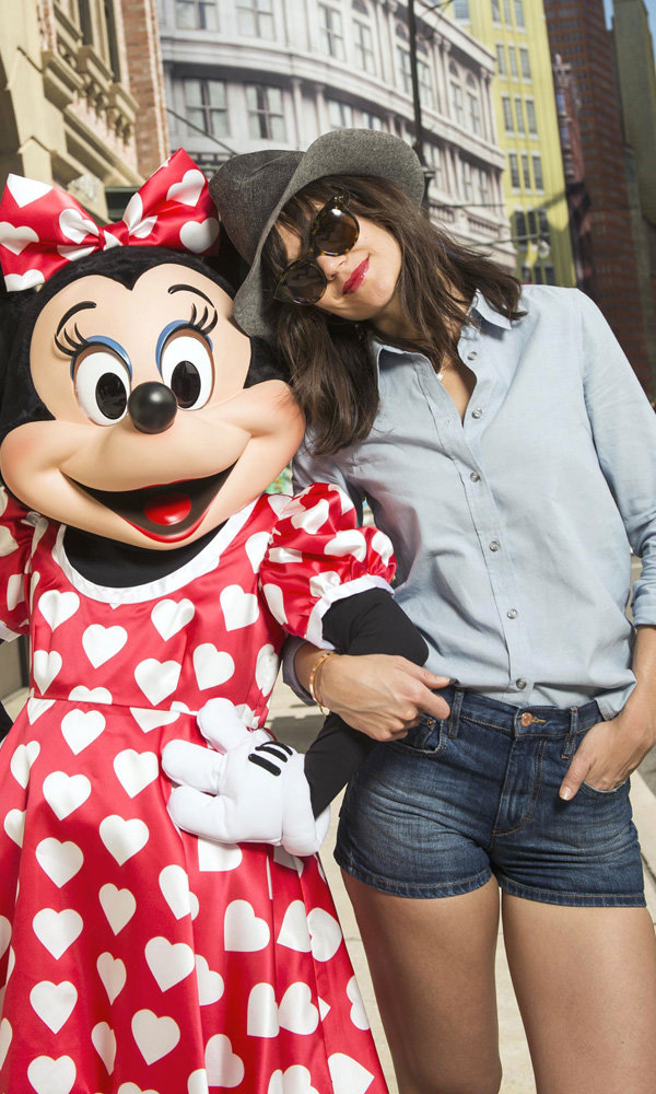 Katie Holmes Is At Her Stylish Best At Disney World