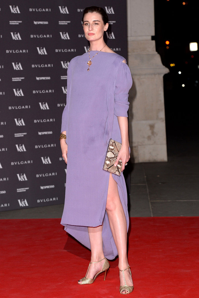 Erin O'Connor Shows Off Her Baby Bump On The Red Carpet