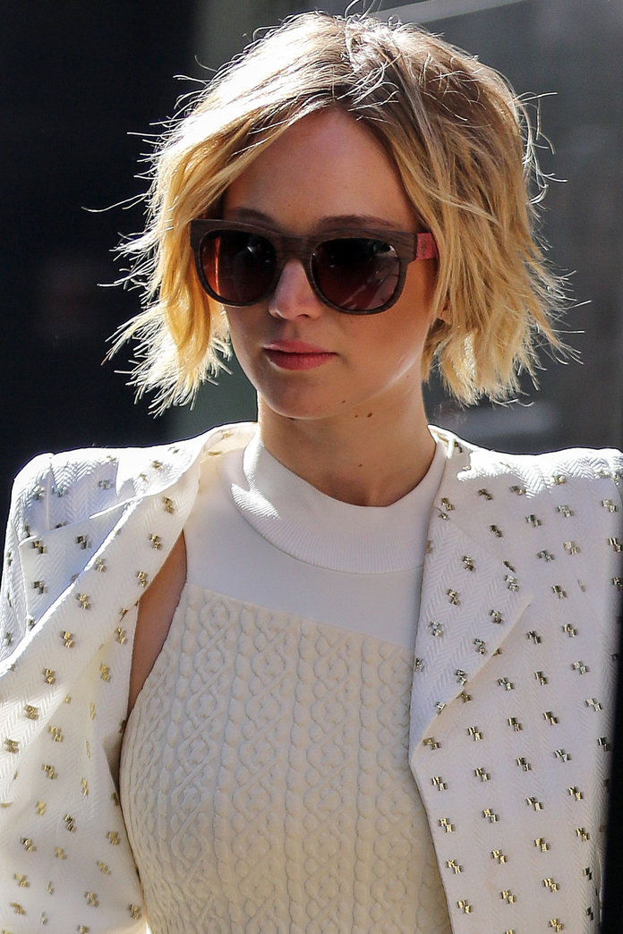 Jennifer Lawrence's Grown Out Pixie Crop Is Perfect