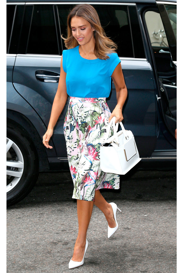 Jessica Alba's Topshop Look Is One You Can Totally Buy Into