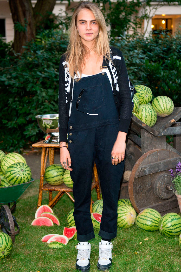 Cara Delevingne Goes Make-Up Free And Gets Friendly With A Watermelon At Fashion Party