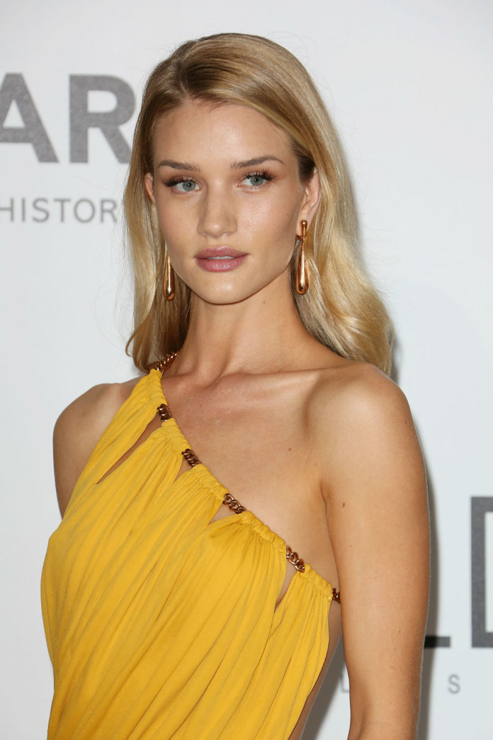Rosie Huntington-Whiteley Stars In The New Mad Max: Fury Road Trailer