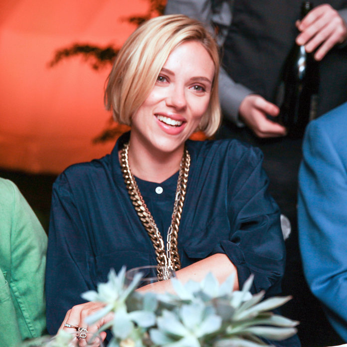 Scarlett Johansson Goes For A Drastic New Hairstyle Ahead Of Her Wedding