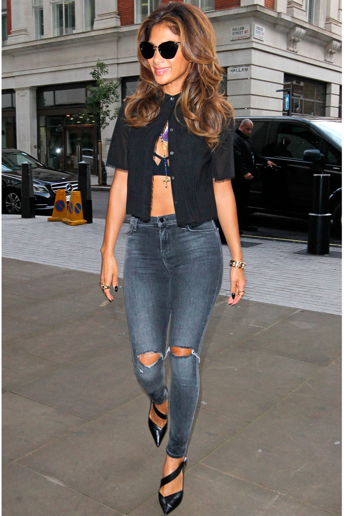 Nicole Scherzinger Gives Us A Brand New Way To Style Our Button-Up Shirts