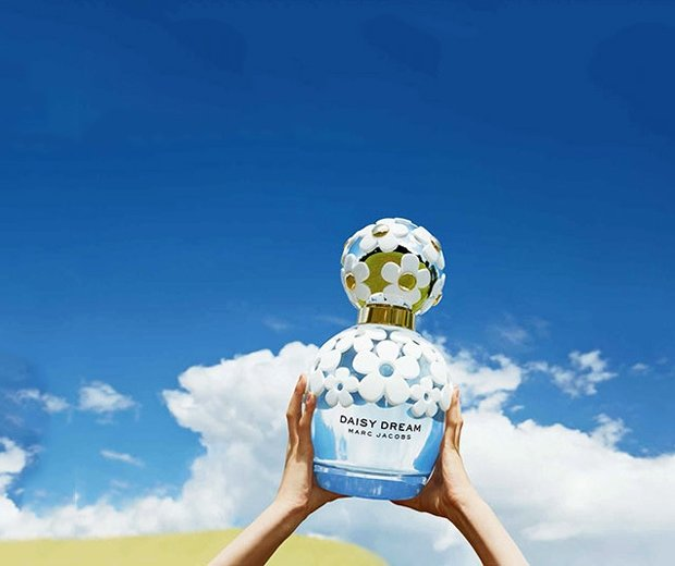 Marc Jacobs' New Fragrance Has Got Us Dreaming About Our Perfect Holiday