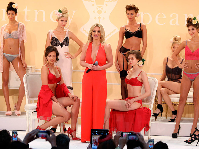 Britney Spears Reveals She Would Love To Have Kate Middleton Model Her Lingerie...