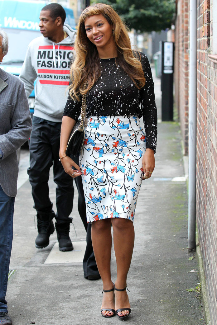 Beyoncé Shows Off Her New Fringe In London