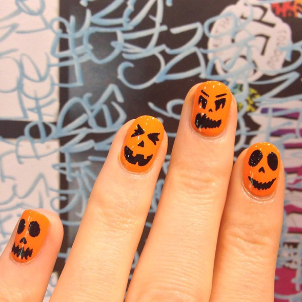 Ace Your Halloween Nails Just In Time For Fright Night