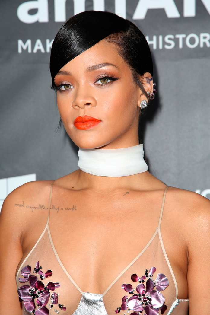 Rihanna And Instagram Have *Finally* Kissed And Made Up
